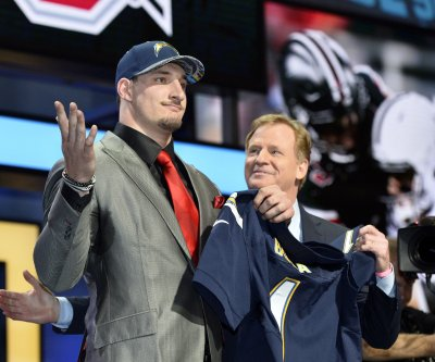 Joey Bosa: San Diego Chargers finally sign first-round DE