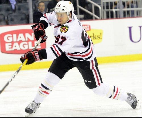 Chicago Blackhawks rout slumping Pittsburgh Penguins