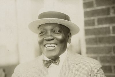On This Day: Jack Johnson is first African American to win heavyweight title