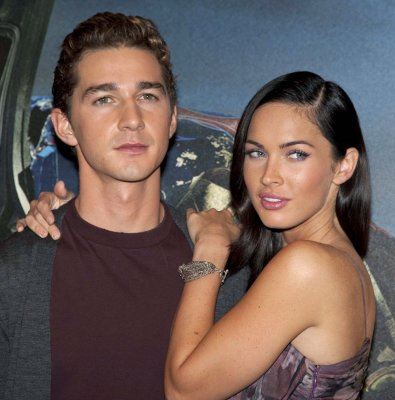 Megan Fox to star in Michael Bay's 'Ninja Turtles' re-boot