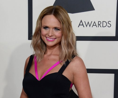 Miranda Lambert, Dwight Yoakam booked for 'ACM Presents: Superstar Duets' special