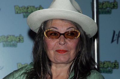 Roseanne Barr's kneecap broken in three places after fall