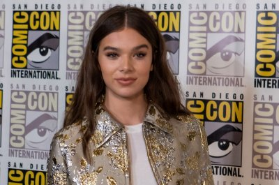 Hailee Steinfeld to host MTV EMAs on Nov. 4