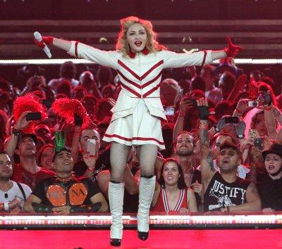 U.S. pop star Madonna yells at concert smokers
