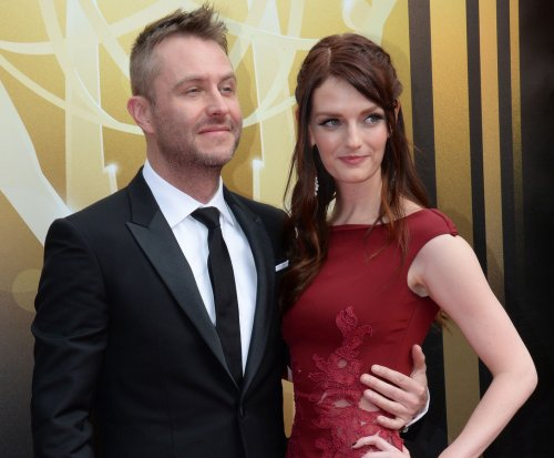 Chris Hardwick and Lydia Hearst get engaged