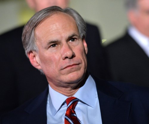 Texas governor plans to end sanctuary cities in state