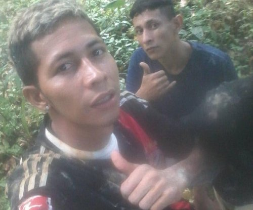 Fugitive Brazilian inmates post 'selfies' on Facebook while on the run