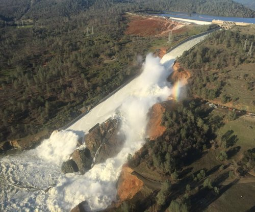 Officials to further drain Lake Oroville to absorb coming rain, snow runoff