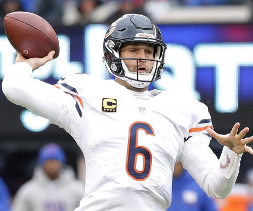 Jay Cutler signed to be Miami Dolphins' starting QB in 2017 NFL season