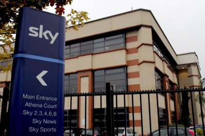 Comcast acquires Fox's stake in Sky for $15B
