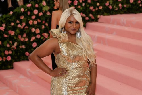 Famous birthdays for June 24: Mindy Kaling, Jeff Beck