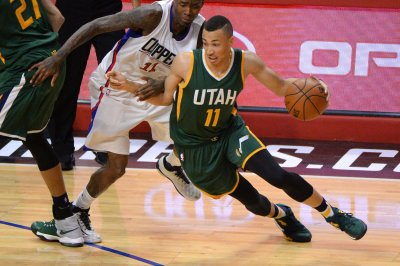 Utah Jazz to trade Dante Exum, picks to Cleveland Cavaliers for Jordan Clarkson