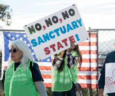 Appeals court sides with Trump in sanctuary cities threat
