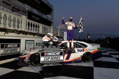 Denny Hamlin edges Kevin Harvick to cap doubleheader at Pocono