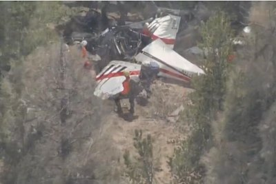 Pilot found dead after plane crash in Colorado