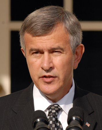 Republican Johanns wins Neb. Senate seat