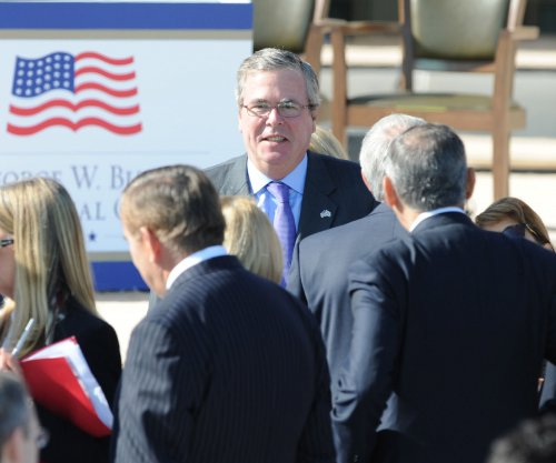 Jeb Bush talks of plugging opportunity gap in Detroit speech