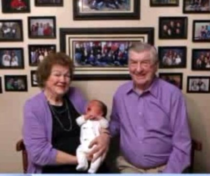 Illinois couple welcome their 100th grandchild