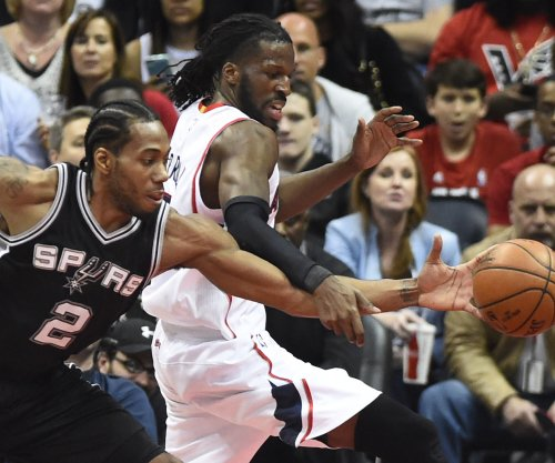 San Antonio Spurs announce Leonard's return