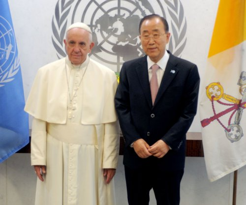 Pope Francis pleads for efforts by U.N. Humanitarian Summit to end 'suffering'