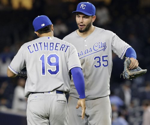 Eric Hosmer's 11th-inning single lifts Kansas City Royals to 5-4 win