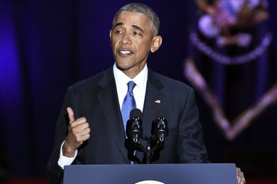 Obama warns of threats to American democracy in farewell speech
