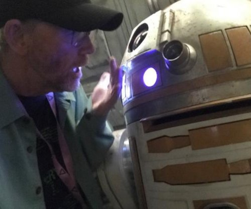 Ron Howard shares photo of new droid in Han Solo spinoff