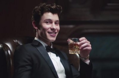 Shawn Mendes 'Lost in Japan' video channels 'Lost in Translation'