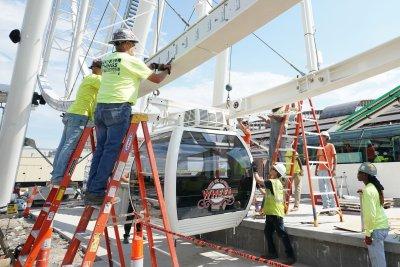 ADP-Moody's: U.S. added 135,000 jobs in September