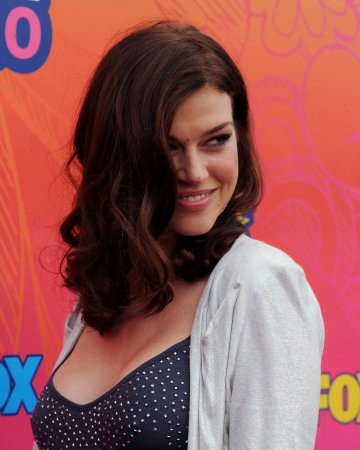 Palicki to play Wonder Woman on TV