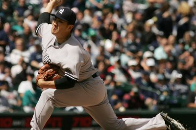 Tanaka, New York Yankees mangle Seattle Mariners