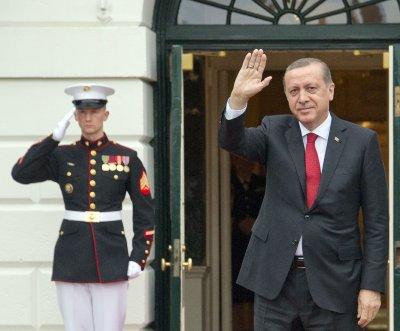 Kremlin: Putin received apology from Turkey's Erdogan over downed warplane