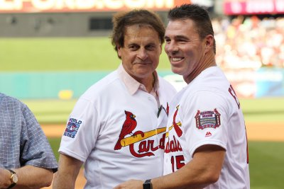 Hall of Fame manager Tony La Russa rips Colin Kaepernick's stance