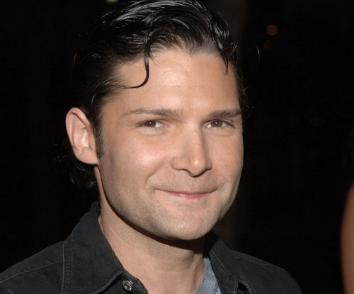 Corey Feldman sings on the 'Today' show