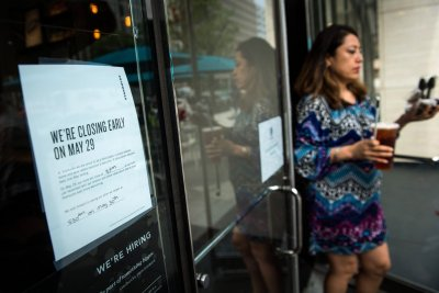 8,000 Starbucks locations close for anti-bias training