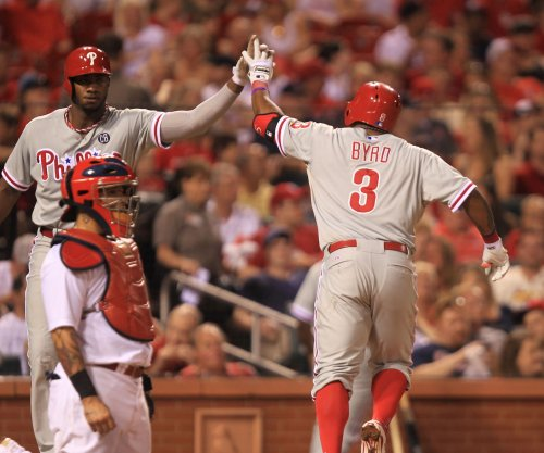 Reports: Philadelphia Phillies trade Marlon Byrd to Cincinnati Reds