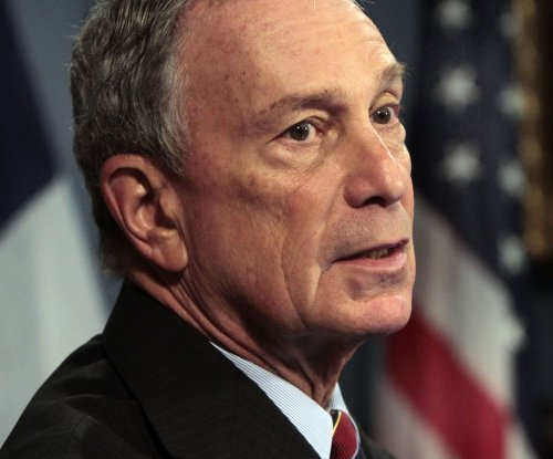Bloomberg decides against independent 2016 bid, afraid of boosting Trump, Cruz campaigns