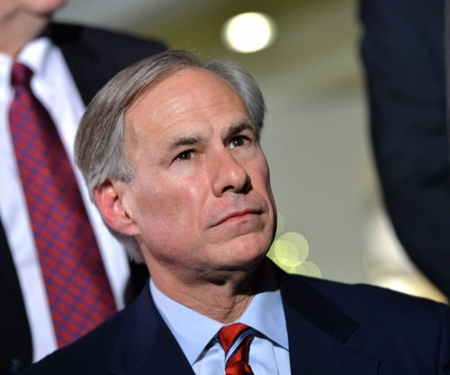 Texas Gov. Abbott signs law banning sanctuary cities
