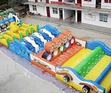 Thieves steal one-of-a-kind inflatable obstacle course in Arizona