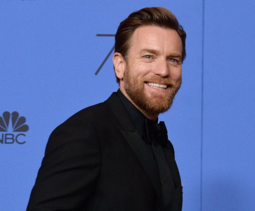 Ewan McGregor thanks estranged wife, rumored girlfriend in Golden Globes speech