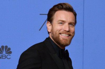 Ewan McGregor thanks estranged wife, rumored girlfriend in Golden Globes speech