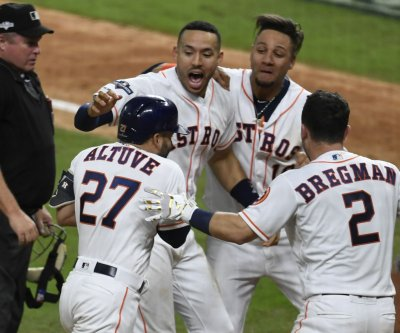 ALCS: Jose Altuve homer sends Astros to World Series