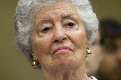 Annie Glenn, widow of astronaut, senator, dies at 100