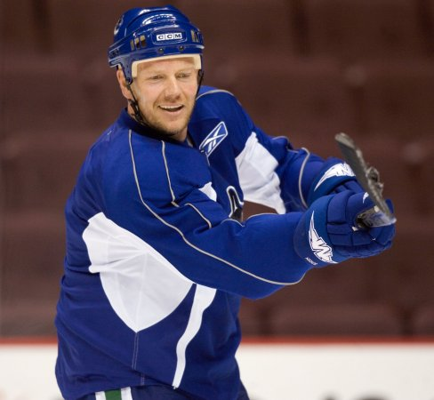 Sundin retires after 18-season NHL career
