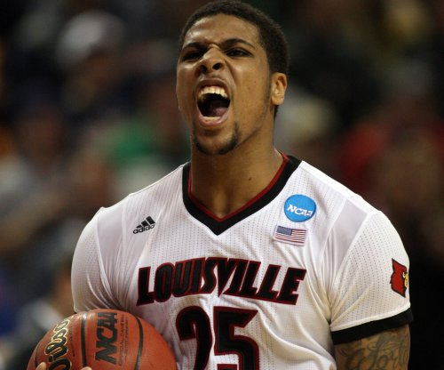 Louisville edges UC Irvine, avoids upset