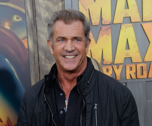Original 'Mad Max' Mel Gibson attends premiere of new version