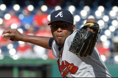 Milwaukee Brewers edge Julio Teheran, Atlanta Braves