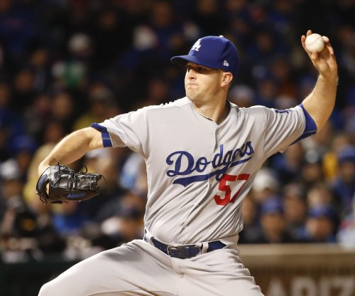 Alex Wood, Joc Pederson lift Los Angeles Dodgers past Cincinnati Reds