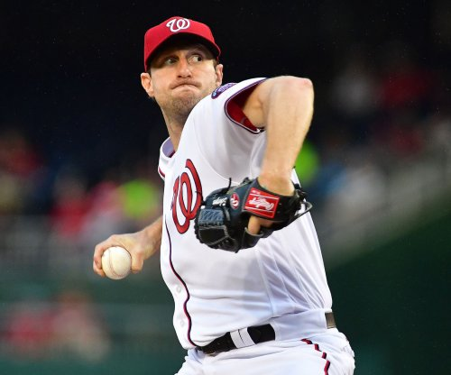 Max Scherzer wins battle of aces as Washington Nationals edge New York Mets