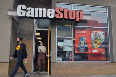 Dow Jones rises 475 points as markets rally from GameStop short squeeze